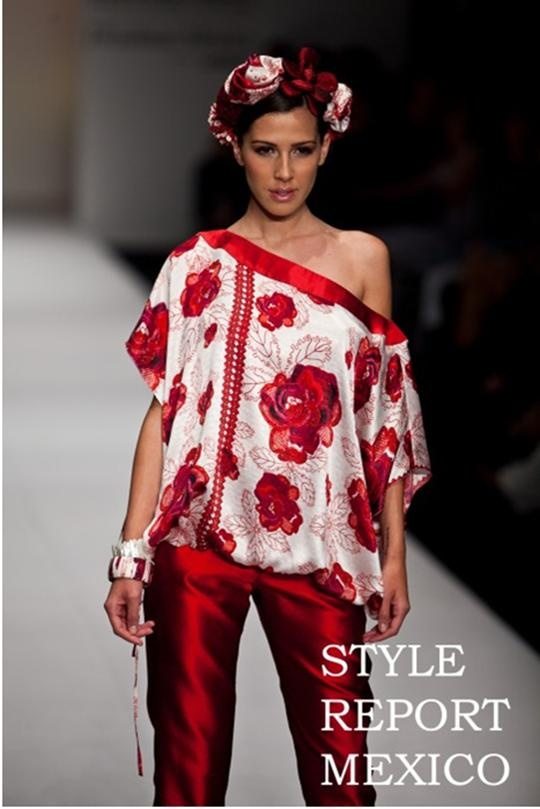 Roses Pineda Covalin Tunic. Special Order Available at: www.pinedacovalinaz.com