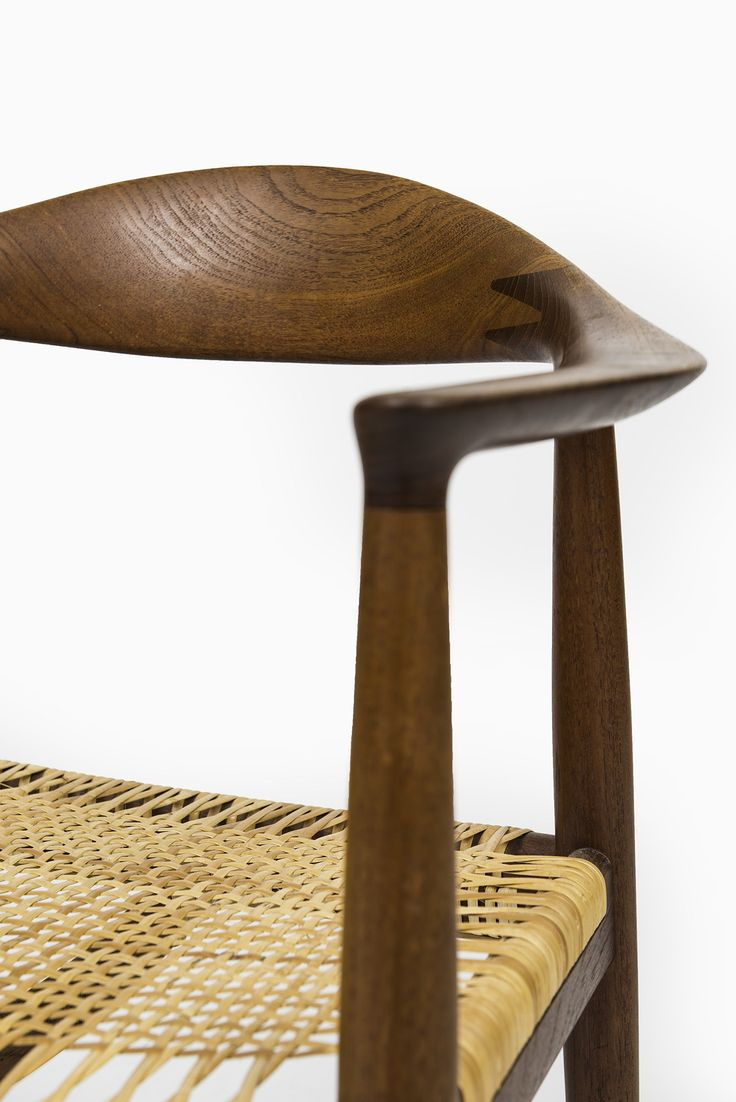 Perfect Early The Chair model designed by Hans Wegner and produced by Johannes Hansen in Denmark