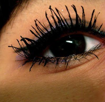 #Mascara    http://www.rougeframboise.com/beaute/5-erreurs-a-eviter-en-appliquant-votre-mascara