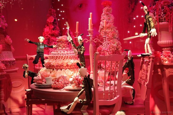 Vitrines de noel 2010 grands magasins paris 010 jpg fashion is art pinterest noel - Vitrine de noel paris ...