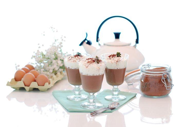 Receta de Dalkys o crema de chocolate con nata en Thermomix ®. Se preparan en apenas diez minutos. Te vas a chupar los dedos.