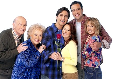 Peter Boyle, Doris Roberts, Ray Romano, Patricia Heaton, Brad Garrett and Monica Horan star in 'Everybody Loves Raymond.'