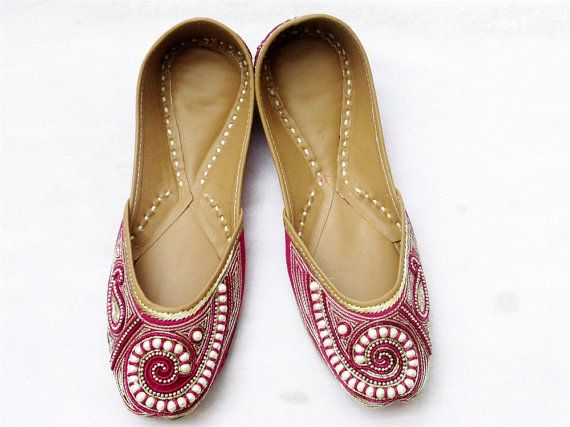 Women Pink Flat Shoes Punjabi Jutti Hot Pink by BeautyShop21
