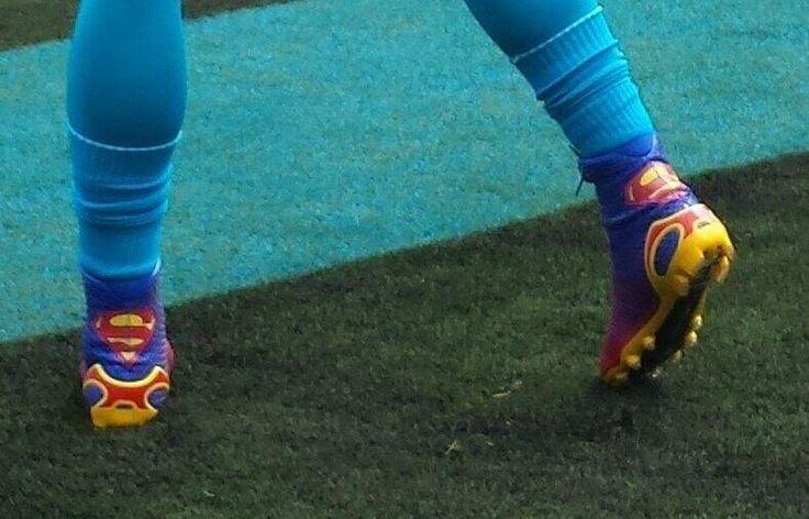 Carolina Panthers QB Cam Newton Wears Superman Cleats for Week 1