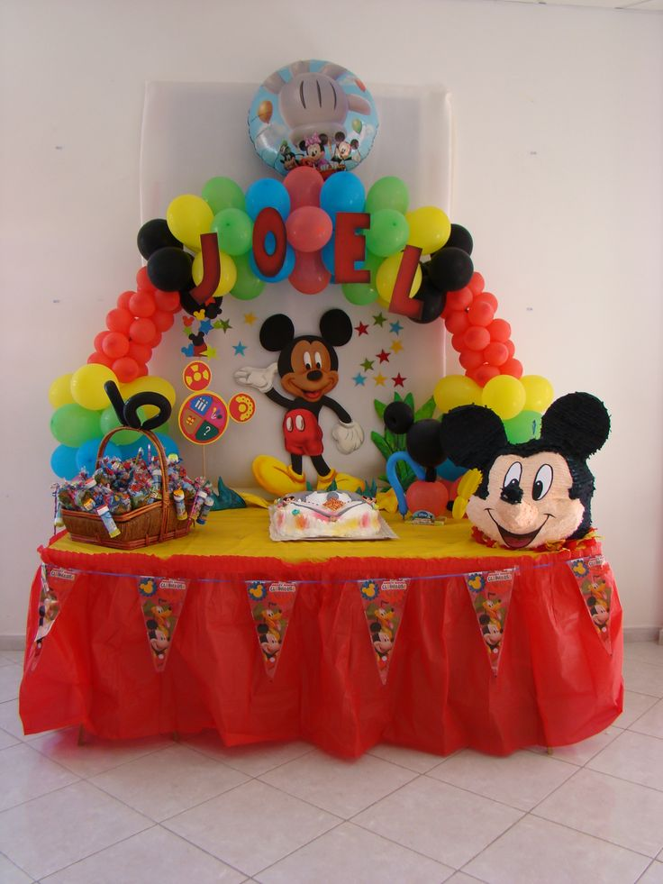 Decoraci n tem tica mickey mouse mickey mouse clubhouse mice and clubhouses - Casa para fiesta ...