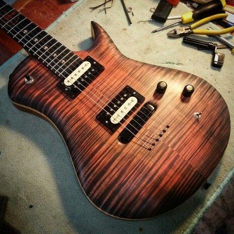 Leaf - Custom Guitar