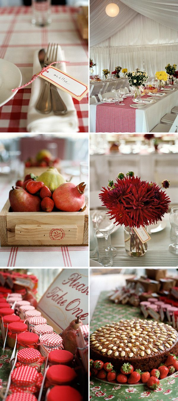 picnic wedding ... love the little jars!