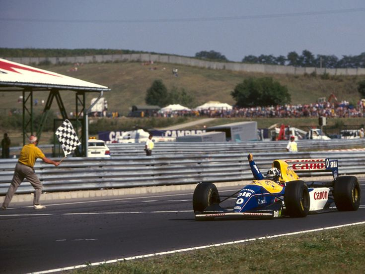 Damon Hill on his way to winning the 1993 Hungarian Grand Prix