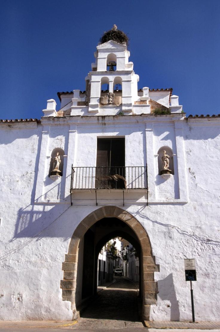 la puerta de Jerez en la ciudad de Zafra, Badajoz.
