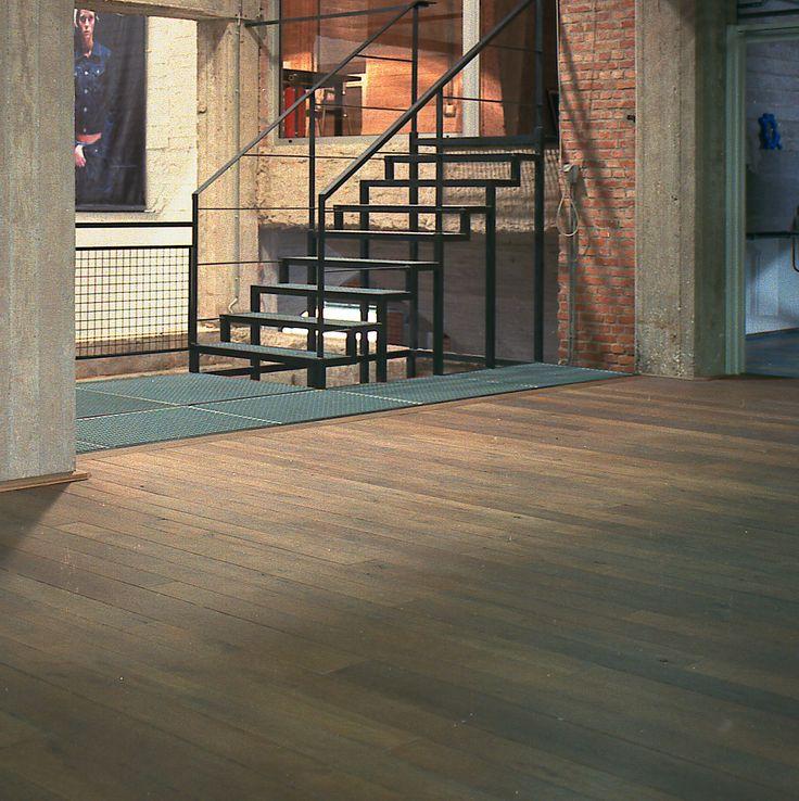 25 beste idee n over metalen trap op pinterest trap ontwerp trappenhuis ontwerp en trappen - Ontwerp betonnen trap ...