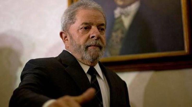 """Eski Brezilya Devlet Başkanı Lula'ya hapis cezası  """"Eski Brezilya Devlet Başkanı Lula'ya hapis cezası"""" http://fmedya.com/eski-brezilya-devlet-baskani-lulaya-hapis-cezasi-h50880.html"""