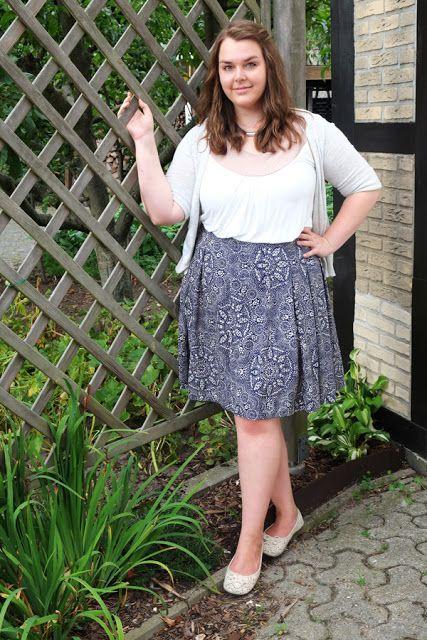Musterrock knielang blau Neutrals weiß beige - Plus Size Fashion Outfit