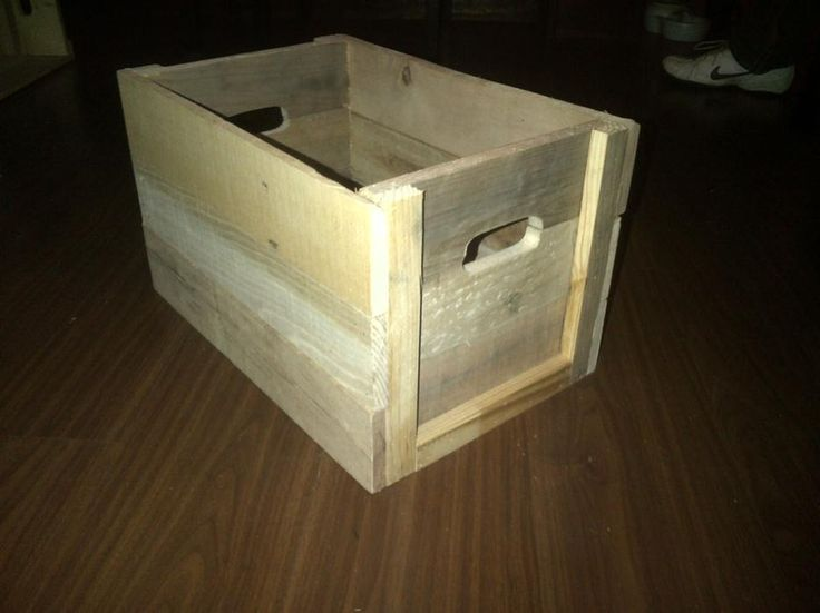 "Wooden crate - no plans, but easy to copy with pallet wood 18""x11""x11"" high"