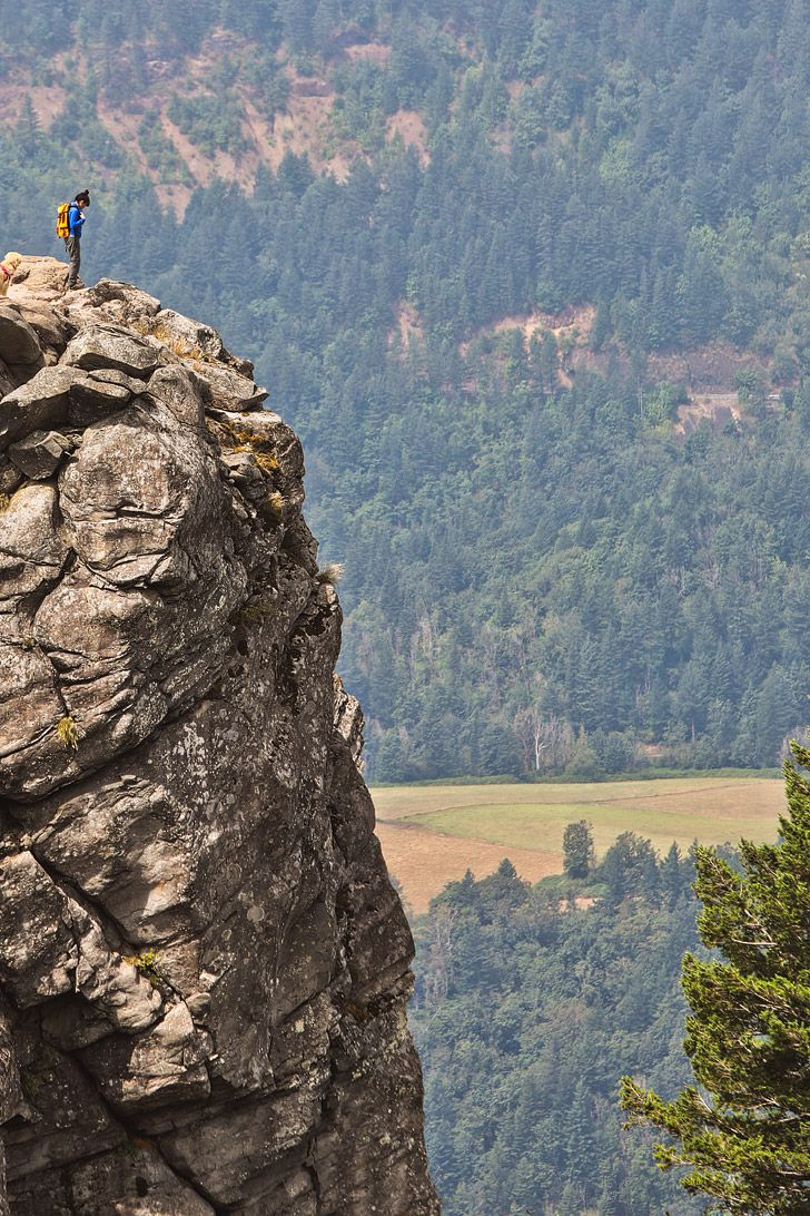 Photo Guide to the Angels Rest Hike, Columbia River Gorge, Oregon // localadventurer.com