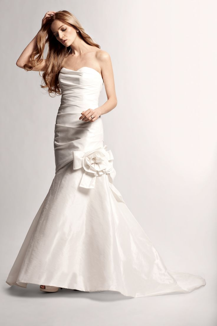 NOUVELLE Amsale #wedding gown, exclusive to Nordstrom. My dress is very similar to this look!