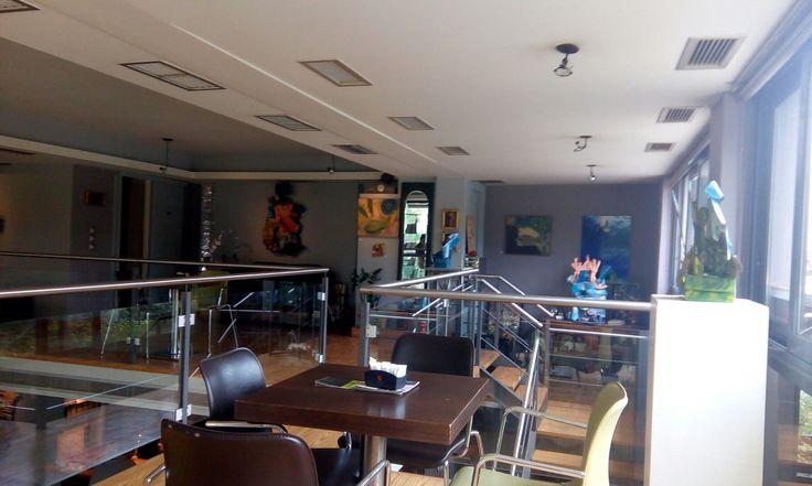 Nouveau Art Cafe στην περιοχή Χαλάνδρι, Αττική