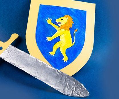 #Ritterausrüstung aus Karton #Fasnacht #Fasching #Schwert ...