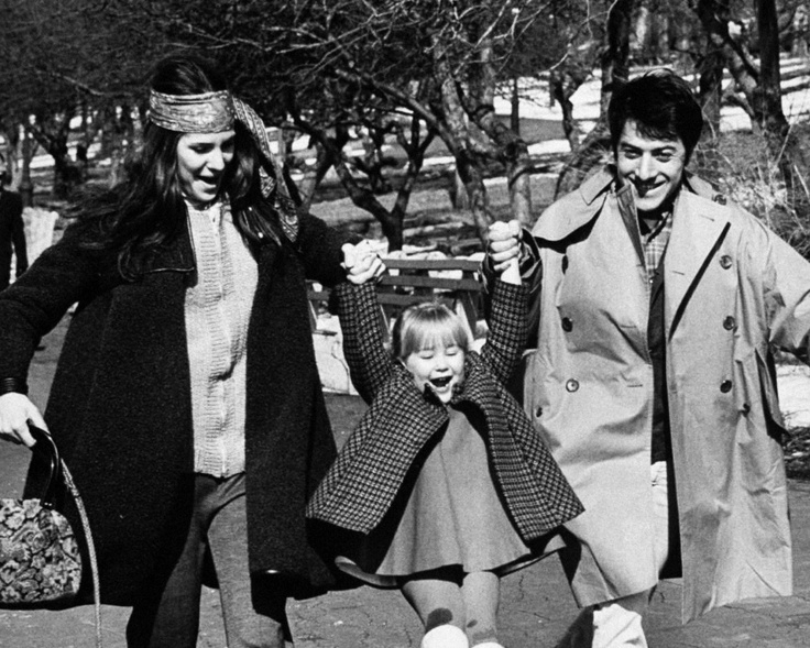 DUSTIN HOFFMAN and his wife walking through Central Park ...