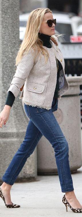 Reese Witherspoon: Jacket – Draper James  Purse – Jason Wu  Sunglasses – Krewe de Optic