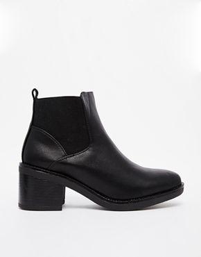 Chelsea Boots fra ASOS.COM. Str. 38, 240 kr.