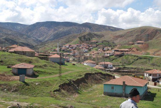 Üçoluk Köyü