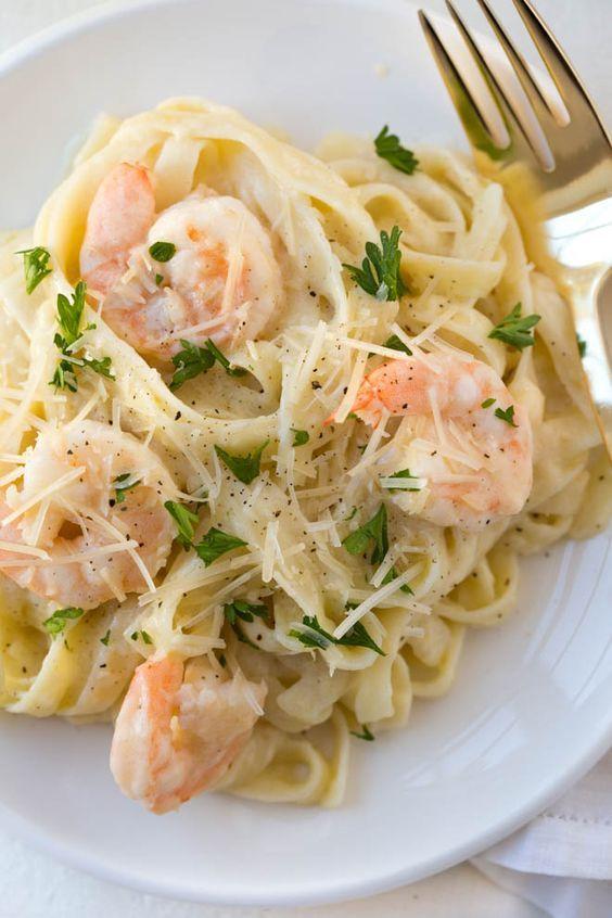 Lemon Garlic White Wine Shrimp Fettuccine Pasta is an easy yet impressive meal for any day of the week.