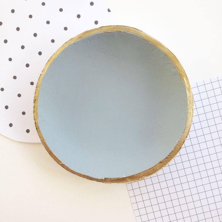 Maypole Design Clay Bowl - Grey