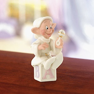 Snow White and the Seven Dwarfs - Dopey's Gift for Baby - Lenox - Classics Lenox - World-Wide-Art.com - $30.00