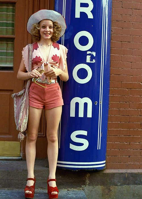 Jodie Foster, on the set of 'Taxi Driver' 1976.   my ...