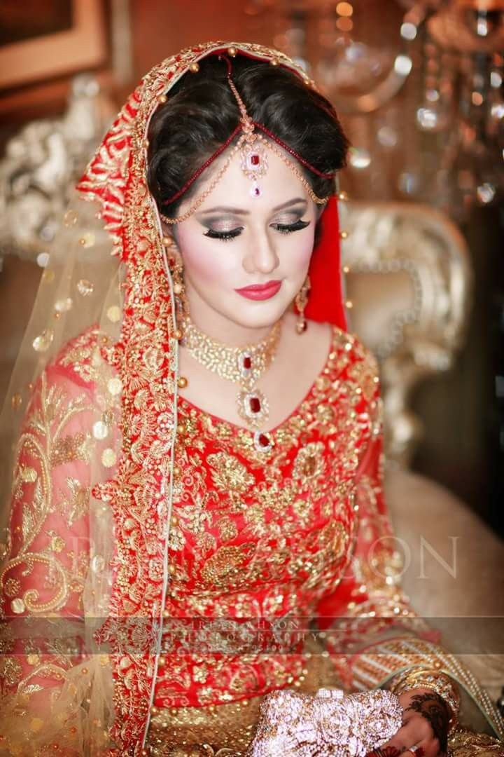 1732 Best Indian Pakistani Bride Images On Pinterest Diy Wedding Makeup Indian And Indian Suits