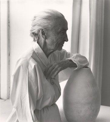 "yama-bato:  Laura Gilpin (U.S., 1891-1979)Georgia O'Keeffe with Juan Hamilton Pot, 1953 Gelatin silver print 81/4""x73/8"" Fred Jones Jr. Museum of Art, The University of Oklahoma, Norman Gift of Carol Beesley Hennagin, 2009"