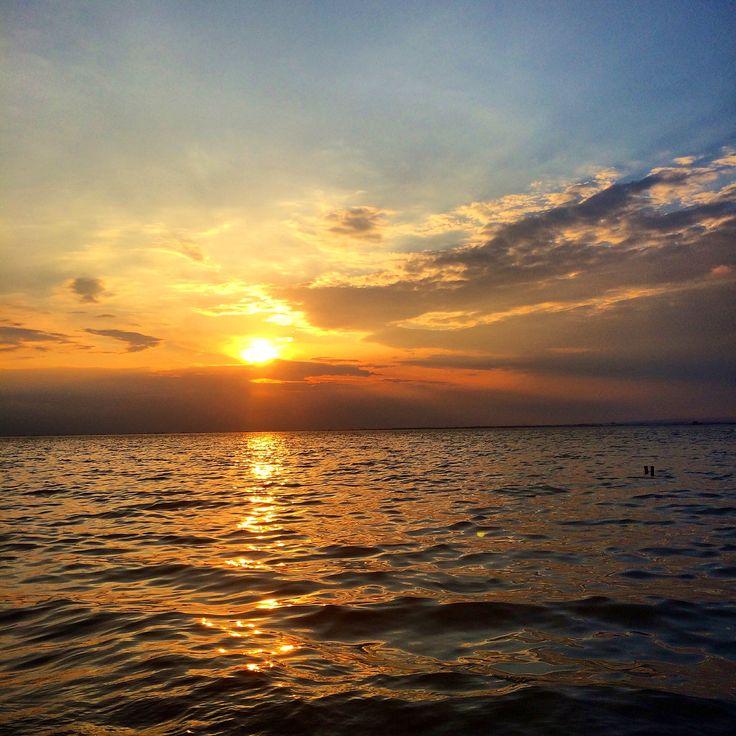 Το ωραιότερο ηλιοβασίλεμα της ζωής μου by ΔΙΑΜΑΝΤΩ ΠΕΤΡΙΔΗ