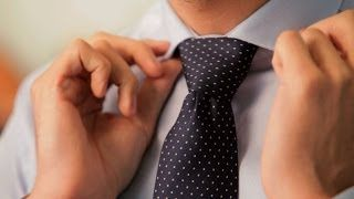 How to Tie a Windsor Knot | Men's Fashion - YouTube