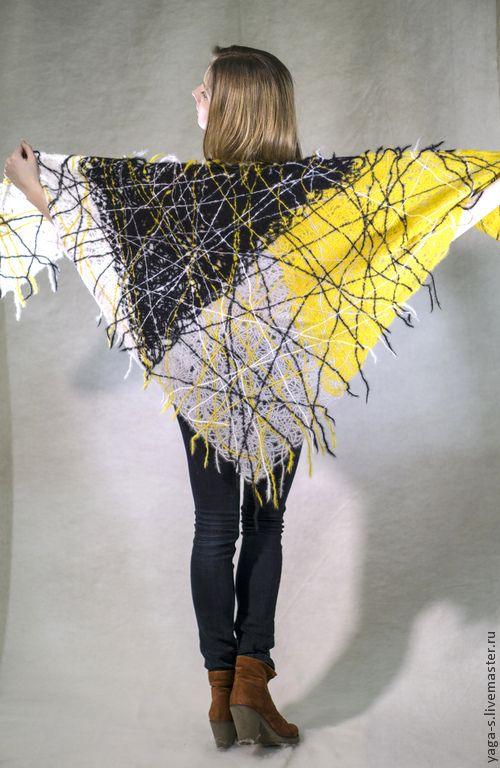 Купить Шаль «Горчичная графика» - разноцветный, абстрактный, шаль ажурная…