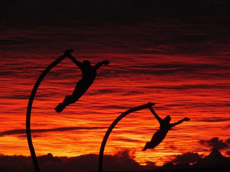 Monumento al viento en una atardecer maravilloso ******