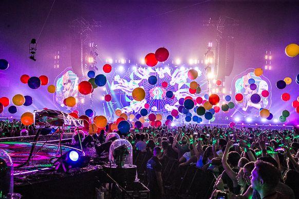 2016 Coldplay Amsterdam ArenA--14