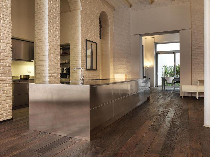 Abimis presenta Atelier, la nuova cucina dall'anima sartoriale. Leggi: http://goo.gl/mRvPx2