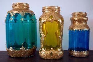 Con frascos que ya no utilicemos podremos hacer lámparas marroquíes, para decorar y darle un toque original a cualquier ambiente.