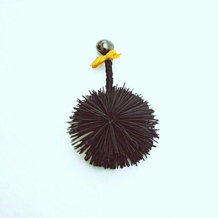 "#handmade #jewlery #jewlerydesign #earrings #clips #fabric #ribbons #bow#greekdesigner…"""