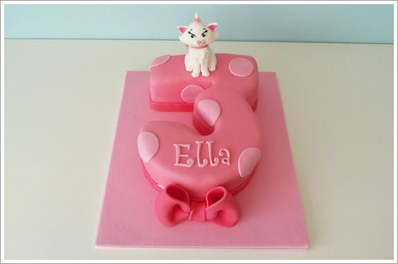 I like a number 3 shaped cake but with the fondant patterned like a clownfish