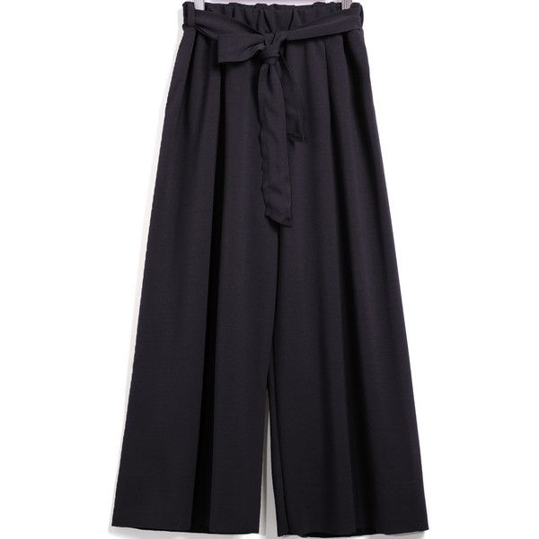 SheIn(sheinside) Black Tie-waist Loose Chiffon Pant (3.870 HUF) ❤ liked on Polyvore featuring pants, capris, black, cropped capri pants, loose fit pants, chiffon pants, cropped pants and cropped trousers