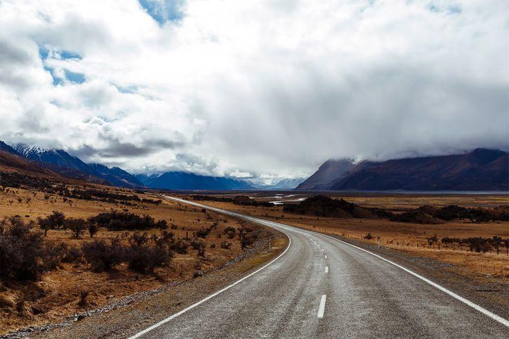 New Zealand Roads: Photo Series by Albert Oriol