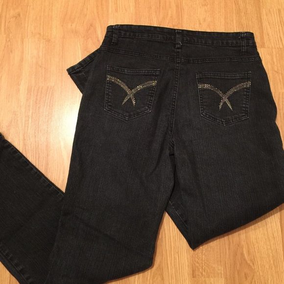 """COS Jeans Black Embellished Back Pocket Jean Very good condition COS black wash jeans with glittered back pockets. Waist 15"""" across, rise 10"""", inseam 29"""". Straight leg. Happy Poshing  COS Jeans Jeans Straight Leg"""