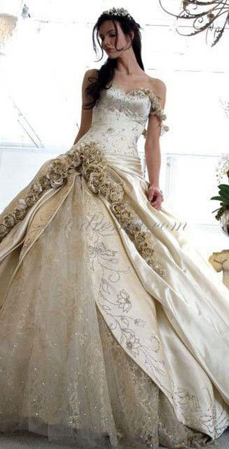 Original Wedding Dress with Roses