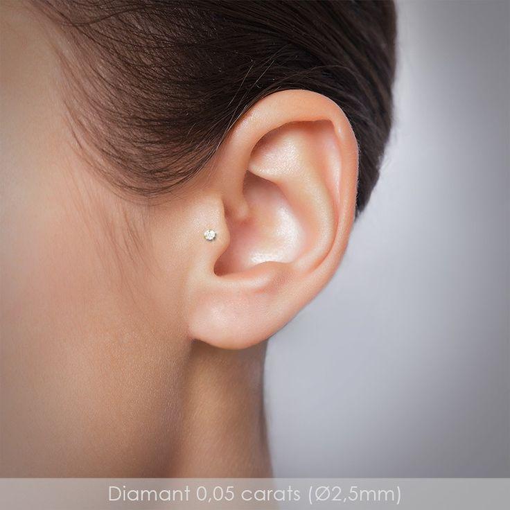 Piercing tragus diamant labret or gris