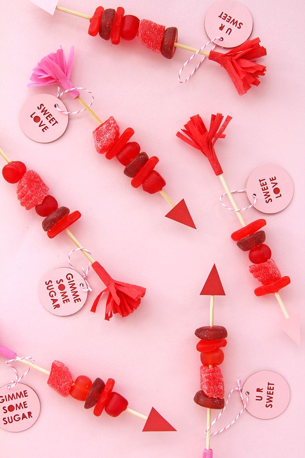 These Candy Arrows are a cool, edible Valentine's Day project for kids that they can give to their classmates. Fun!   A Subtle Revelry