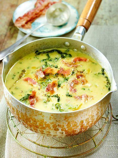 Kartoffel-Wirsing-Suppe mit Speck