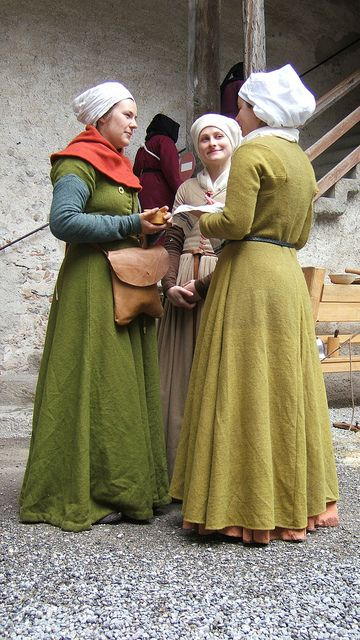 Company of Saynt George - 1472. Reenactment society for reign of Charles the Good, 1467-1477, the last Valois monarch of Duchy of Burgundy. (11-16C. ) located eastern France, into,Germany, Belgium, southern low country.