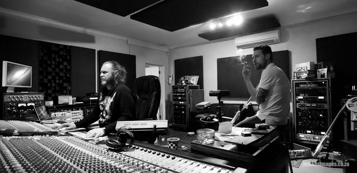 Dan Patlansky Recording Sessions 2015 at Belleville Studios with Theo Crous. Album out 2016. Photos by Riehan Bakkes at www.bakkesimages.co.za.