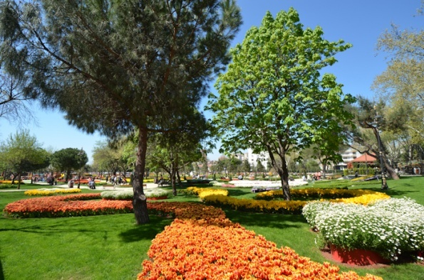 Istanbul Parks: The City's Breathing Spots #cityramaistanbul #travel #dailycitytour